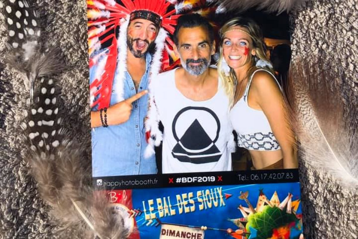bal des fous photo booth cannes